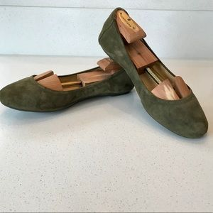 EUC Cole Haan Ballet Flat Green Suede Leather 8.5